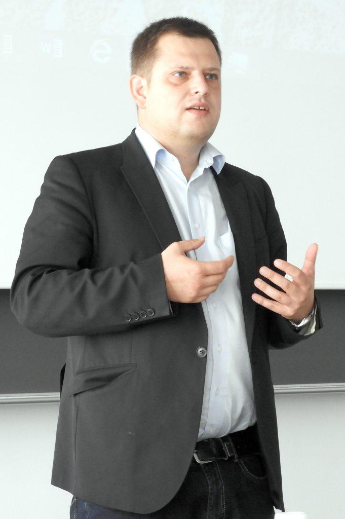 """Prof. Markus Kaiser, TH Nürnberg, bei seinem Referat anläßlich des Workshops """"Digitaler Journalismus in postfaktischen Zeiten"""", 47.GI Jahrestagung INFORMATIK 2017, 29.9.2017, Chemnitz"""