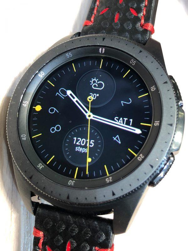 Frontansicht der Samsung Galaxy Watch (TM) Smartwatch, 42 mm Modell