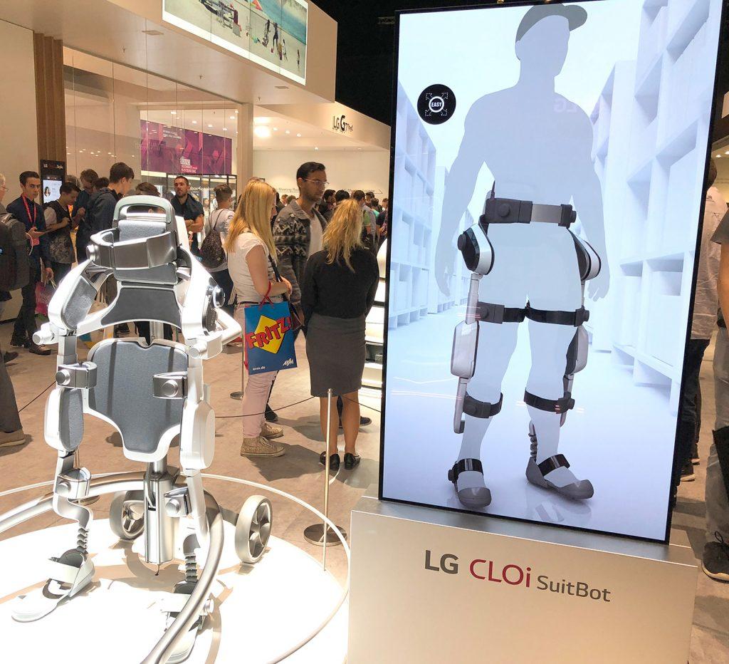 LG Studie für ein Exo-Skelett zum standsicheren heben schwerer Lasten - CLOi