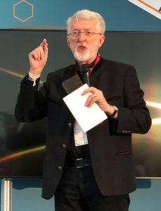 """Jeff Jarvis erläutert sein Konzept des """"entrepreneurial journalism"""" auf den Münchener Medientagen 2018"""