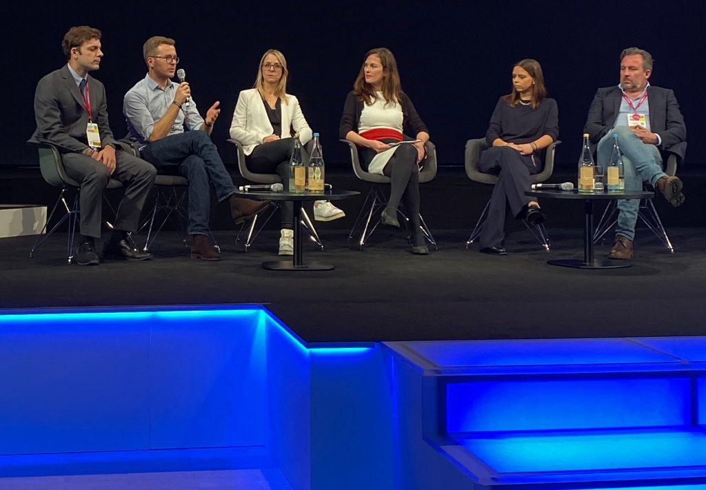 """Teilnehmer des Gipfels """"Investigativer Journalismus zwischen Klischee und Wirklichkeit"""", Medientage München 2019"""