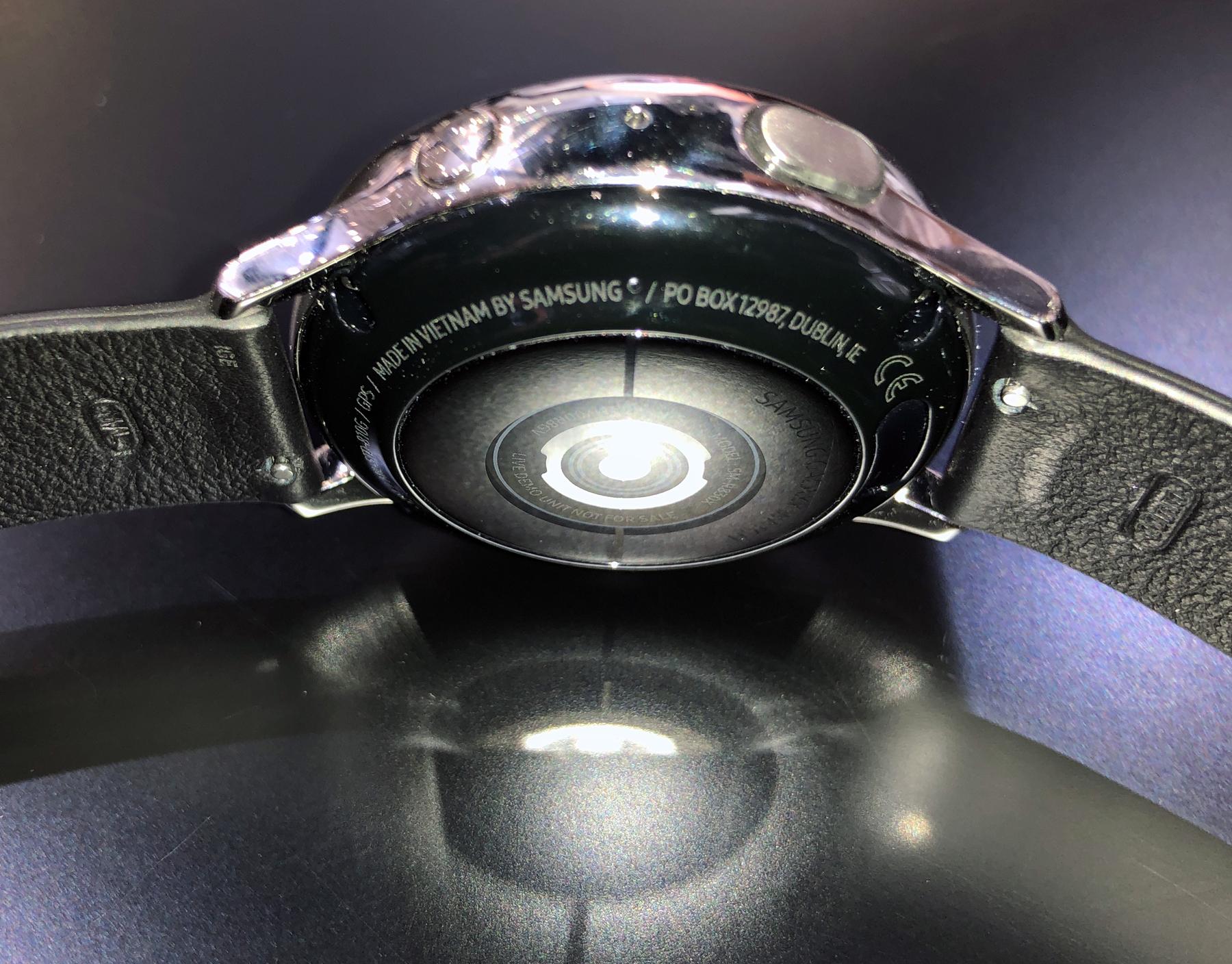 Pulssensor der Galaxy Watch Active 2, 40 mm Modell